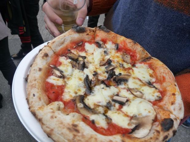 honest-crust-mushroom-pizza