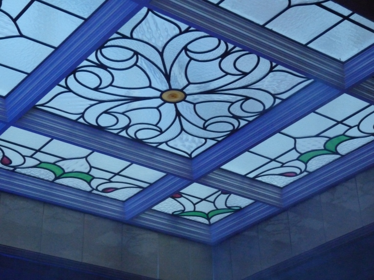 victoria-baths-window-stained-glass