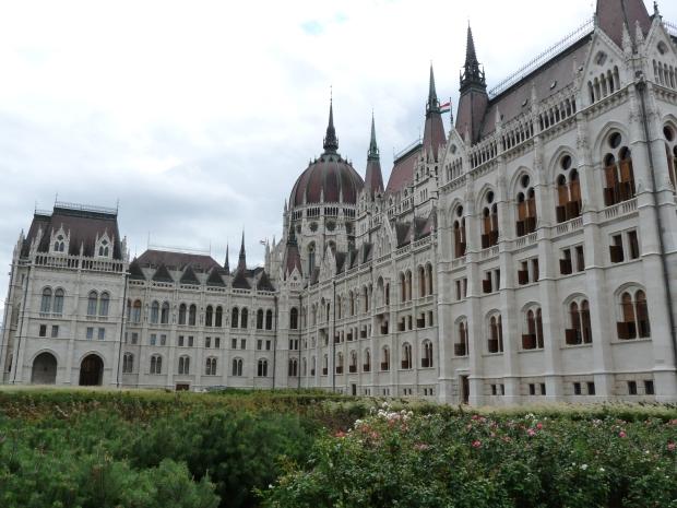 Parliament Building - Budapest - Kossuth (13)